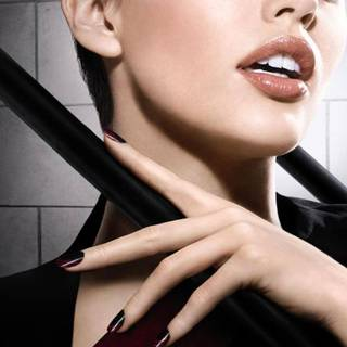 Maybelline Nails Model Shot